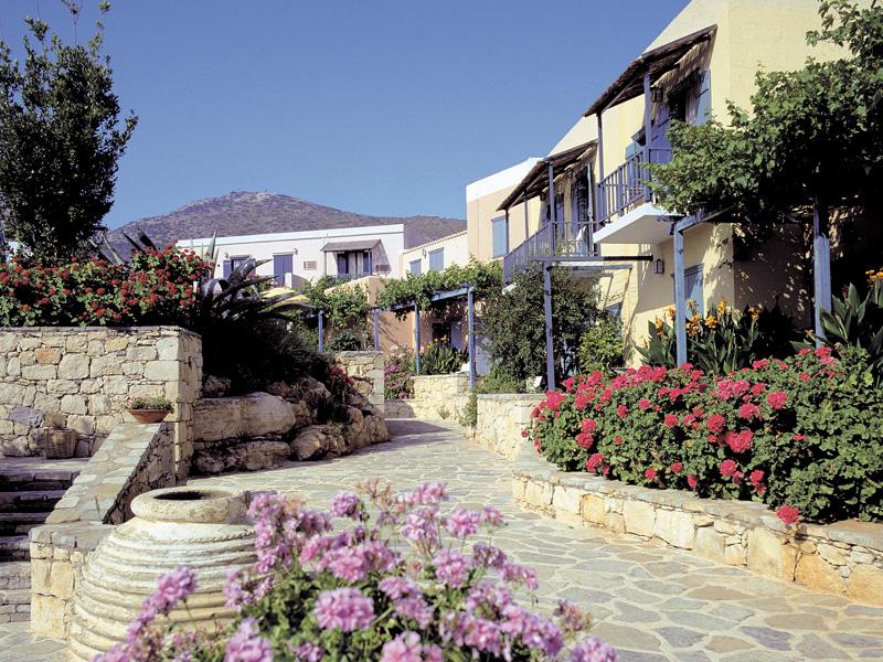 Silva Beach Hotel Bungalows